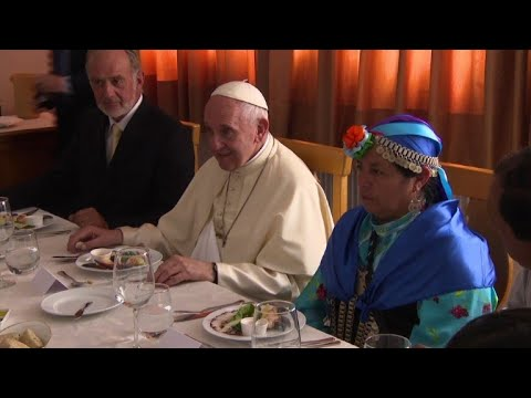 Pope meets members of indigenous Mapuche community in Chile