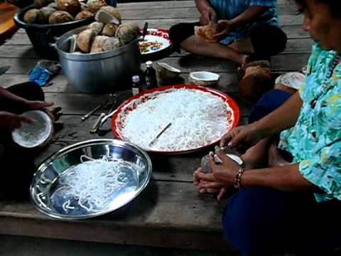 how to get the meat out of a thai coconut