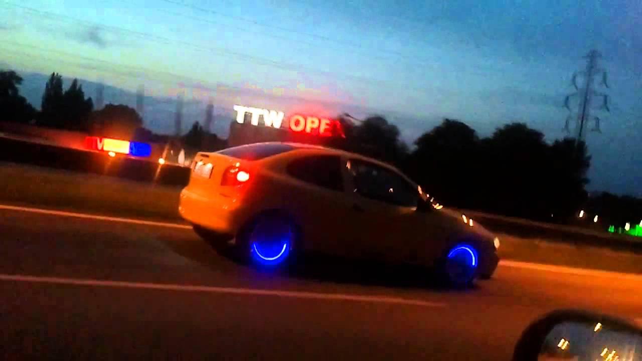 Luces de neon led para llantas auto moto bici for Luces led para jardineras