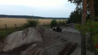 Can-am Outlander und Yamaha Grizzly im Wasserloch in Peckfitz Nuki und Ecki Canam Rotax