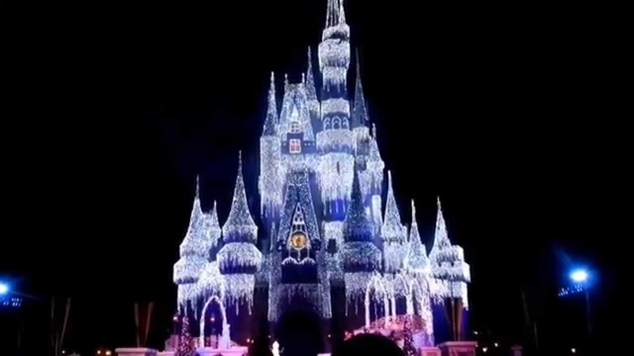A Frozen Holiday Wish 2014 Walt Disney World Queen Elsa Turns