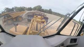 360-Degree Look at a Cat® 992K Wheel Loader at Work
