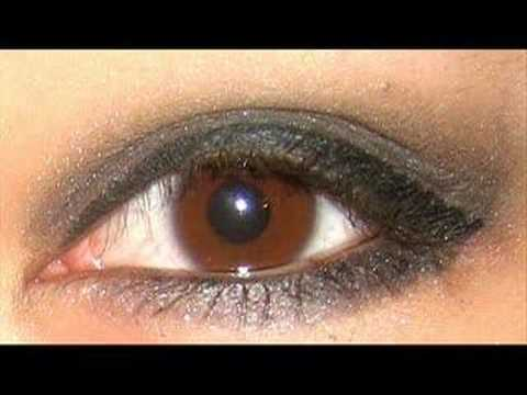 Awesome Makeup Tutorial: Quick And Easy Bedroom Eyes
