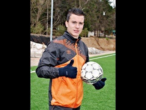 Young Cristiano Ronaldo (New)