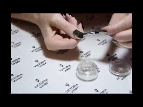 Dust Mirror 01, Victoria Vynn - złoty efekt lustra. Nowość.
