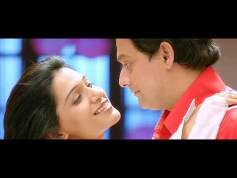Duniyadari Marathi Movie 2013 Romantic B'Day Scene between Swapnil Joshi and Urmila Kanitkar Travel Video