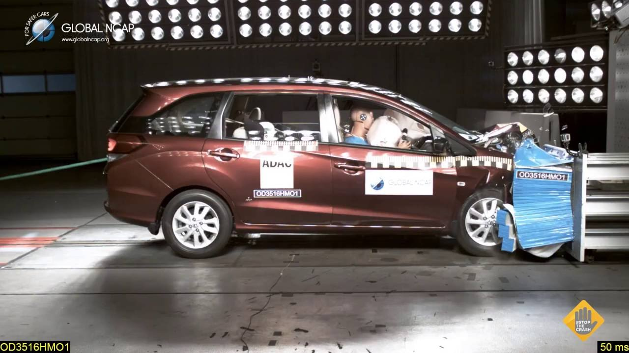 Honda Mobilio With 2 Airbags Scores 3 Stars Youtube