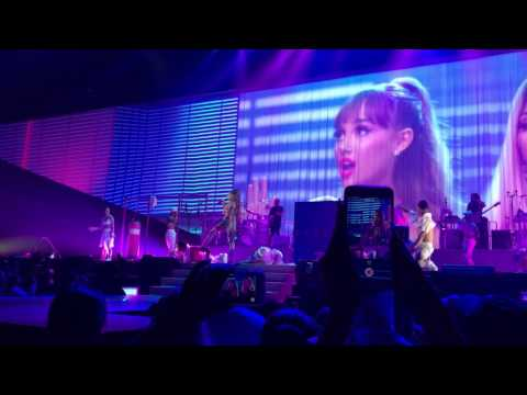 Side to Side Ariana Grande Dangerous Woman Tour 2017 @Amway Center