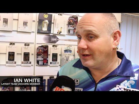 Ian White signs for Team Unicorn