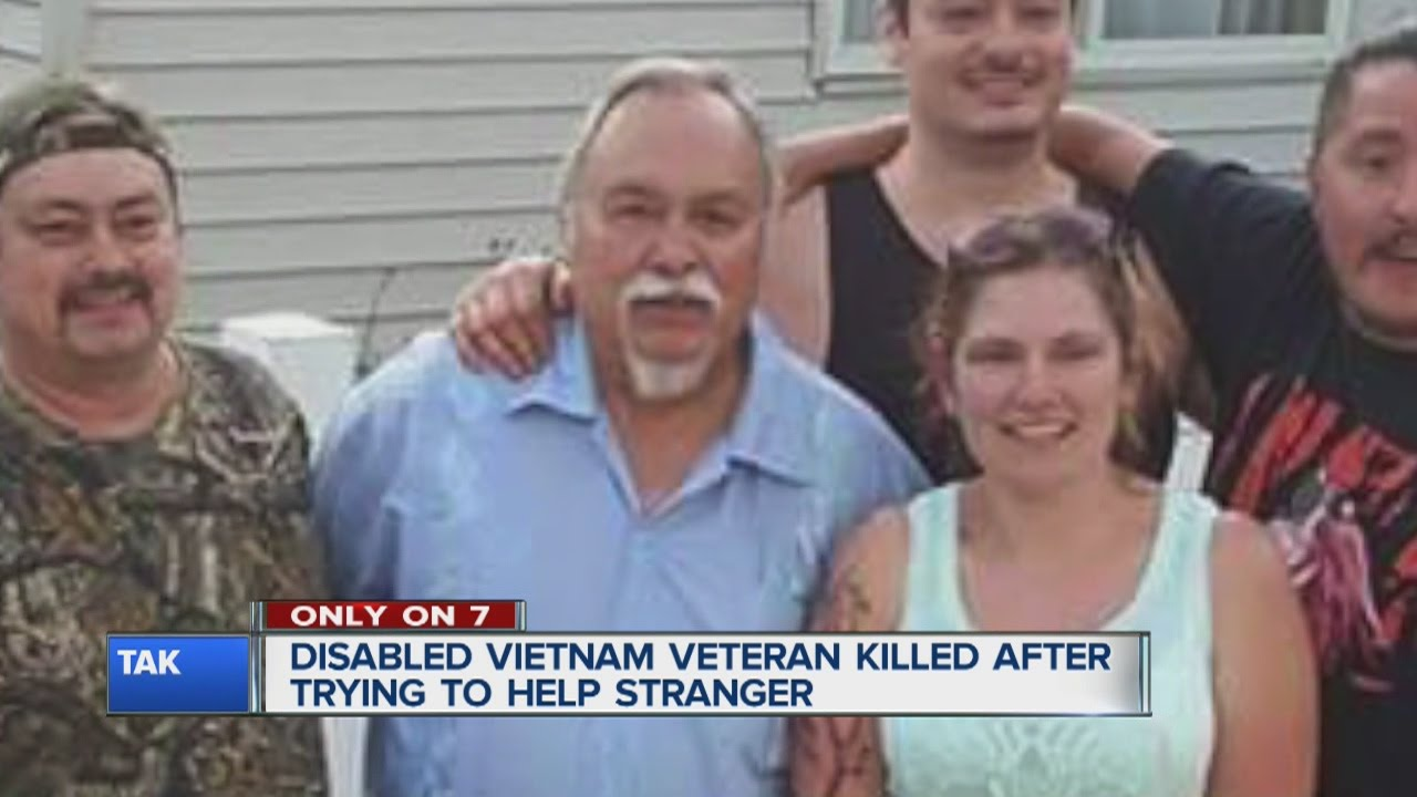 Disabled Vietnam veteran killed trying to help stranger