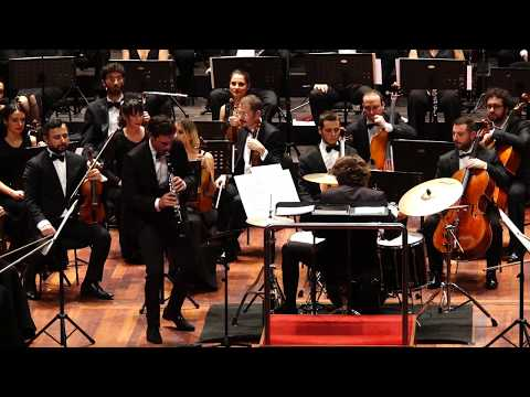 Andreas Ottensamer plays Artie Shaw Jazz Clarinet Concerto - Lorenzo Viotti conductor/ drums