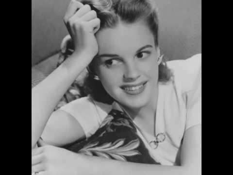 Judy GarlandAuld Lang Syne