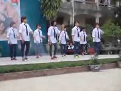 Nhảy hiện đại - Lớp 11B3 - THPT Lê Ích Mộc-Hải Phòng ( 31-12-2013).