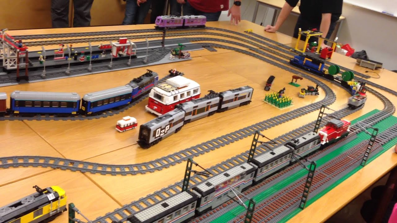 Swebrick\'s Lego train meeting in Lund 2015 - YouTube