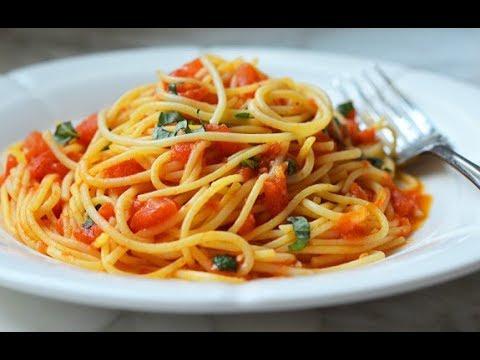 Garlic Spaghetti - Spaghetti Aglio E Olio Recipe - Pasta With Garlic And Olive Oil Homemade Spagheti