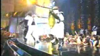 Puff Daddy P Diddy Feat Usher, Busta Rhymes & Pharrel Williams I Need A Girl Live