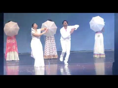 Aakhariporatam Movie  Tella Cheeraku   Nagarjuna   Sridevi   Dance Performance