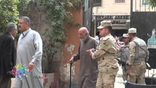 """""""الميكروباصات"""" تحشد كبار السن للتصويت في فيصل"""