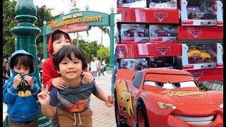 NEW 2018 DISNEY CARS TOYS at HONG KONG DISNEYLAND - Toy Hunting Family Fun Trip Disneyland Rides