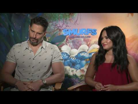 Demi Lovato and joe manganiello Interview Smurfs the Los Village