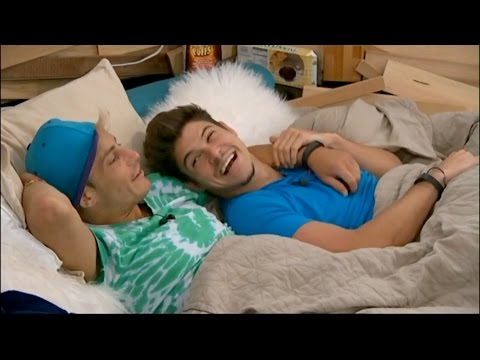 7/23 7:29pm - Frankie and Zach Cuddle, Holding Hands While Talking With Cody