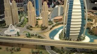 Yimmy en Dubai - Dubai Mall - Maqueta de la ciudad - Local de Sony