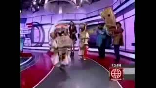 nios danzantes de tijeras siguen los pasos de qori sisicha
