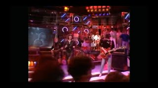 Sandie Shaw & The Smiths - Hand In Glove - Top of the Pops - 26th April 1984