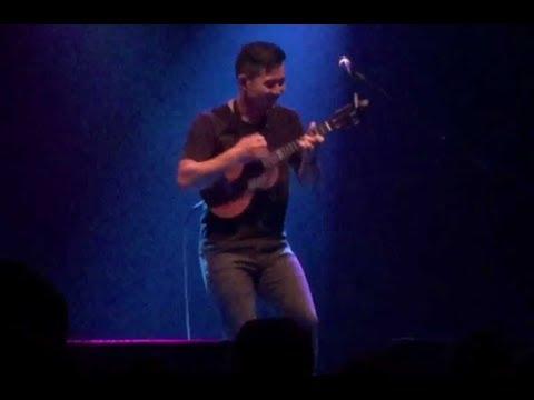 Jake Shimabukuro Performs Kawika in Houston