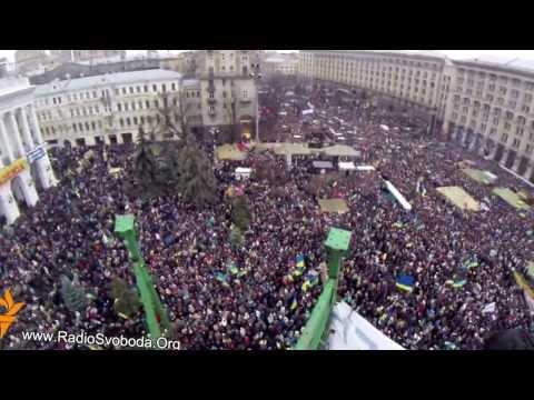 Ukraine's capital Kiev gripped by huge pro-EU demonstration - 08.12.2013