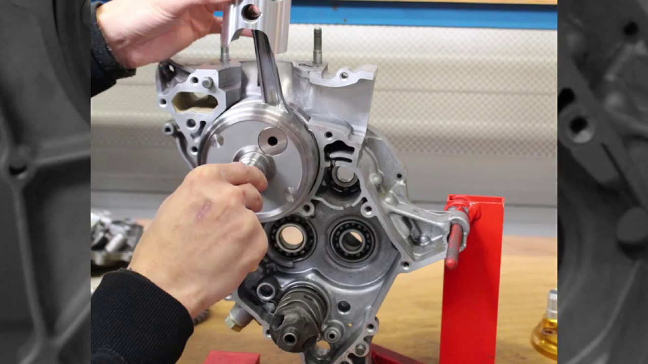 Cross section Honda RS125 NX4 2001 engine with VHM piston and crankshaft  [Animated GIF]