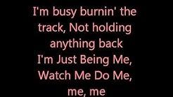Zendaya & Bella Thorne Watch me Lyrics