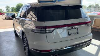 2020 Lincoln Aviator - 2nd and 3rd Row Seats