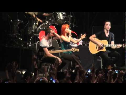 Paramore live in Argentina
