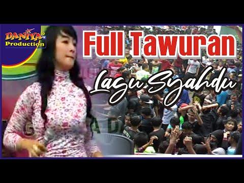MUSIC DANGDUT  FULL TAWURAN DI RINGINPITU By Daniya Shooting Siliragung