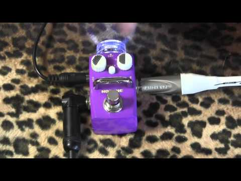 Hotone Audio OCTA micro octave pedal demo