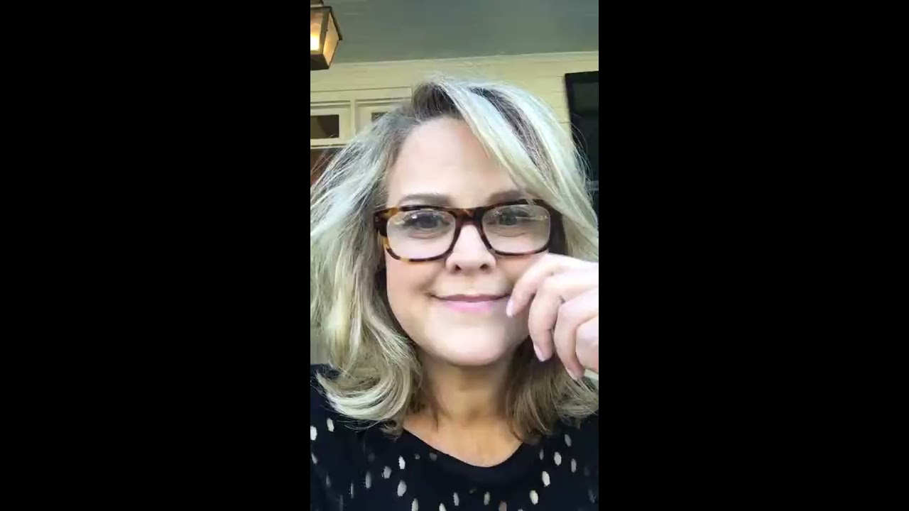 Allison Waggoner Savannah Paula Deen Porch Interview