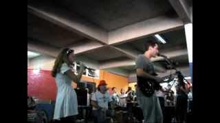 Baixar SAI DA MINHA FRENTE - Banda Primus.wmv