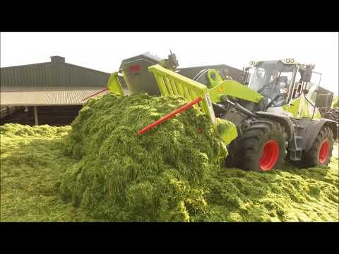 Silage 2018 - George Walshe Agri With JCB 435s And Claas Torion 1511 On The Pit (HD)