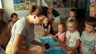 Malowanie na wodzie w ostrowskim domu kultury