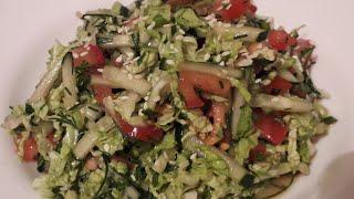 ЛЕГКИЙ.  Салат  с ПЕКИНСКОЙ  капустой и соевым соусом  . Очень вкусный.