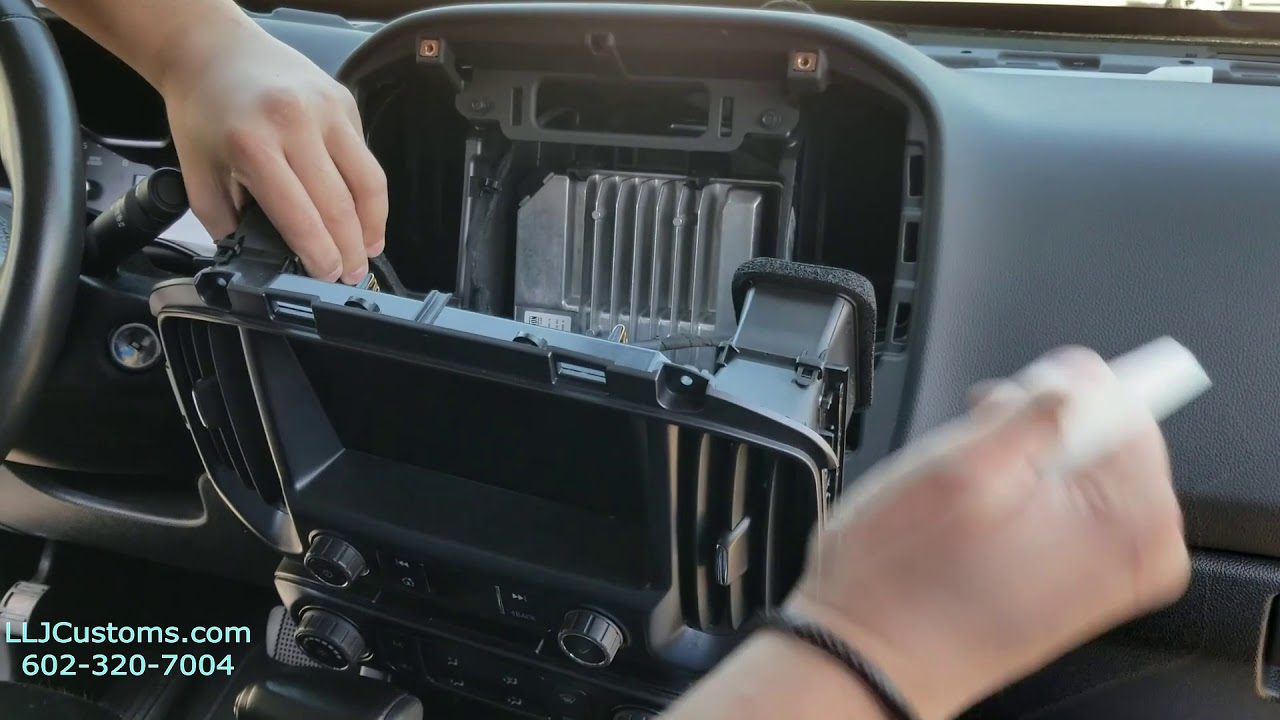 2019 Chevrolet Amplifier installation harness - YouTube