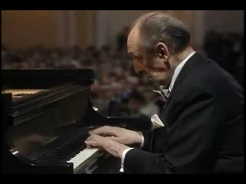 Vladimir Horowitz plays Mozart Piano Sonata K in C Major 1st Movement