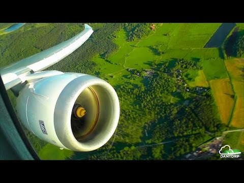 Norwegian 787-8 Intense Engine View Departure from Stockholm Arlanda!