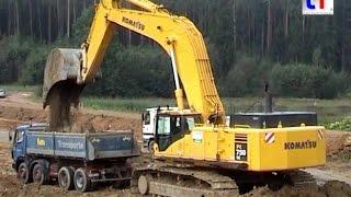 Komatsu PC750LC & Dump Trucks / A 6 Amberg, Germany, 14.09.2005.