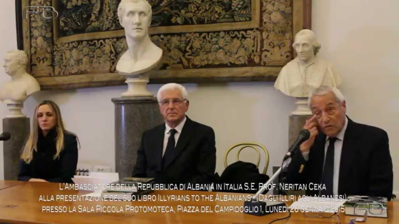 Sala Piccola Protomoteca : Fullhd s.e. prof. n. ceka alla presentazione del suo libro