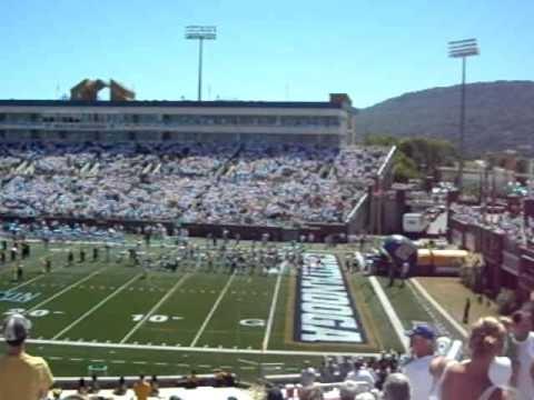 University Of Chattanooga >> University Of Chattanooga Mocs Football Team Taking The Field
