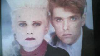 Watch Thompson Twins Perfect Day video