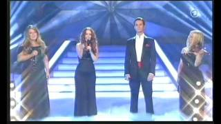 "Celtic Woman - ""An Angel"" and ""O Come All Ye Faithful"" live on 'Das Adventsfest der 100,000 Lichter'"