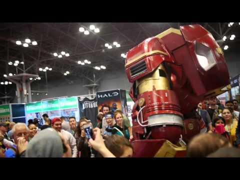 See Amazing Iron Man HulkBuster Cosplay at NYCC 2015!